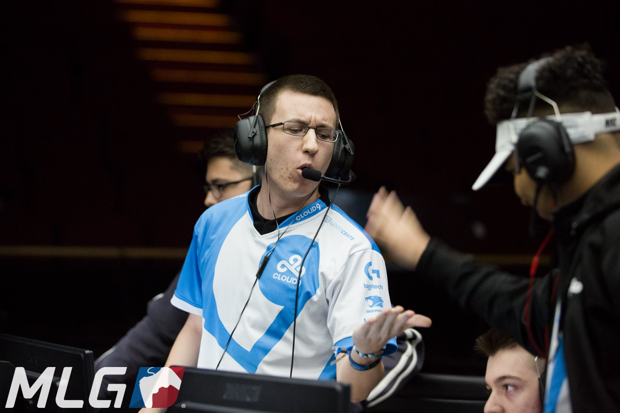 Aches at Call of Duty XP 2016. Image courtesy of MLG.